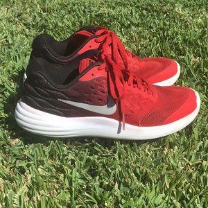 Boys Nike Size 4